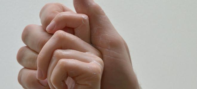 EMPFANGSHALLE, Waschende Hände, 2017, Videostandbild Foto © EMPFANGSHALLE