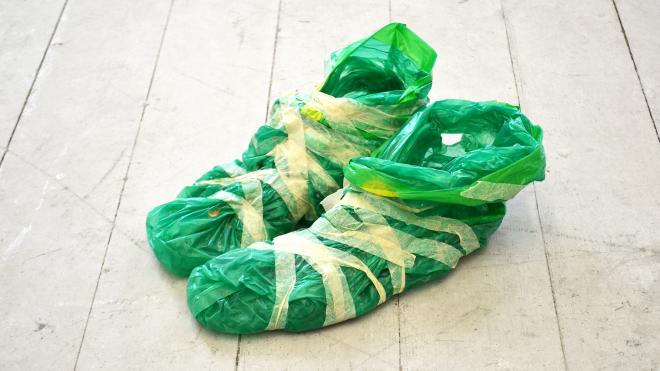 "Max Wencelides: ""shoes"""